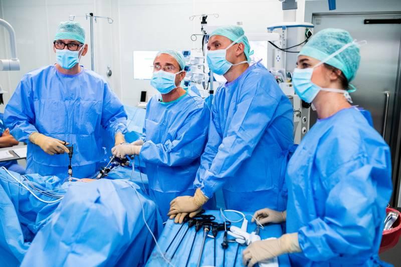 dr-mikolaj-karmowski-leczenie-endometriozy_08.jpg