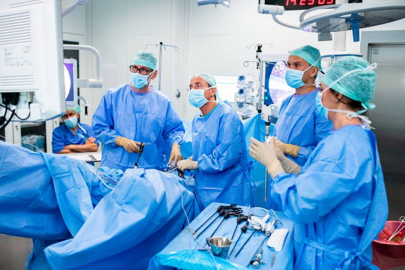 dr-mikolaj-karmowski-leczenie-endometriozy_09.jpg