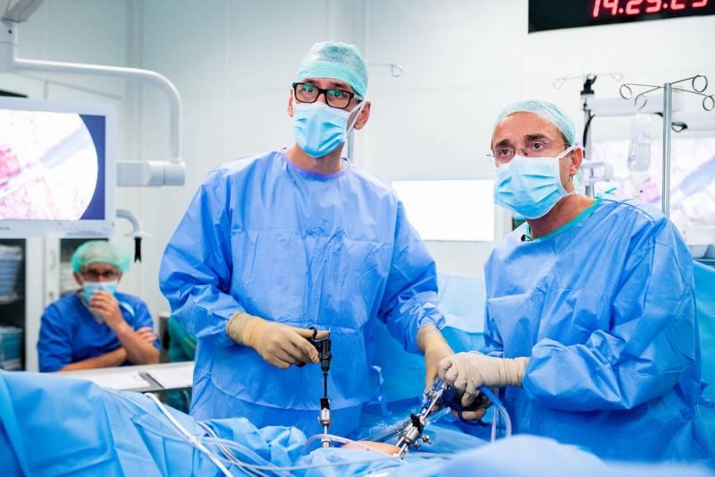 dr-mikolaj-karmowski-leczenie-endometriozy_10.jpg